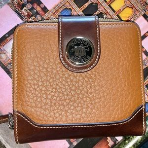 Dooney & Bourke all leather larger wallet
